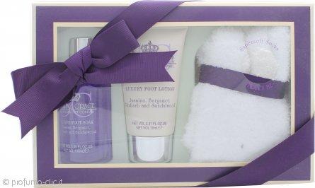 Style & Grace Pamper Kit For Feet Confezione Regalo 100ml Sapone per i Piedi + 70ml Lozione per i Piedi + Calzini